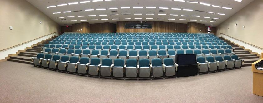 auditorium-572776_1920